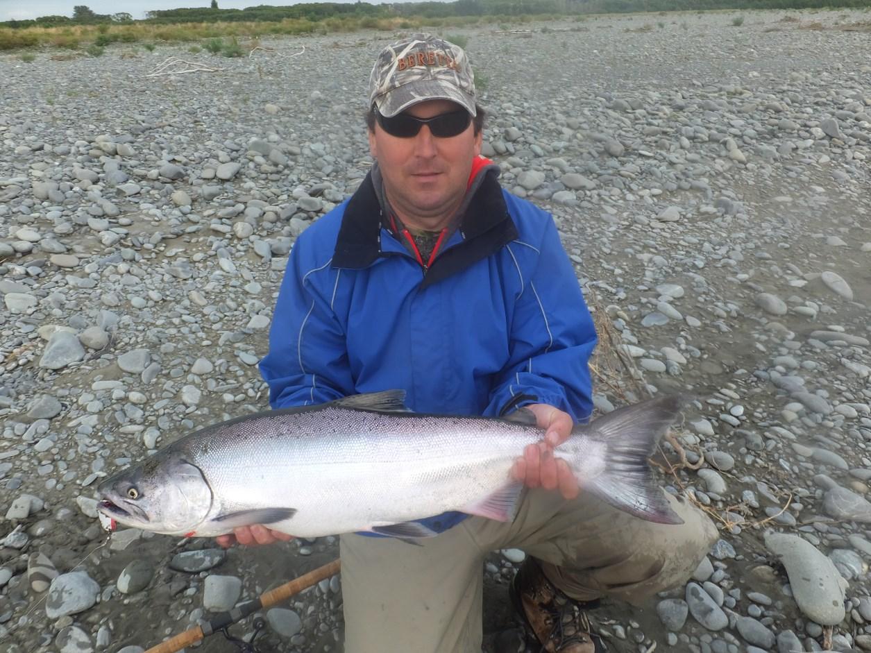 Salmon fishing canterbury book nz salmon fishing guide for Salmon fishing charters