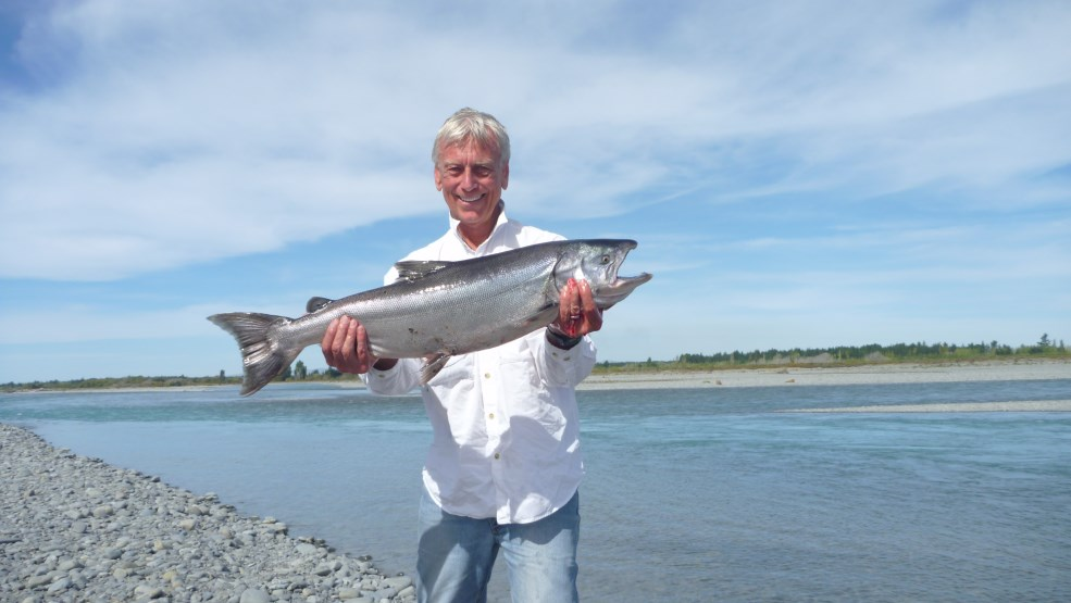 River fishing guide fly fishing salmon angling trout for Salmon fishing colorado